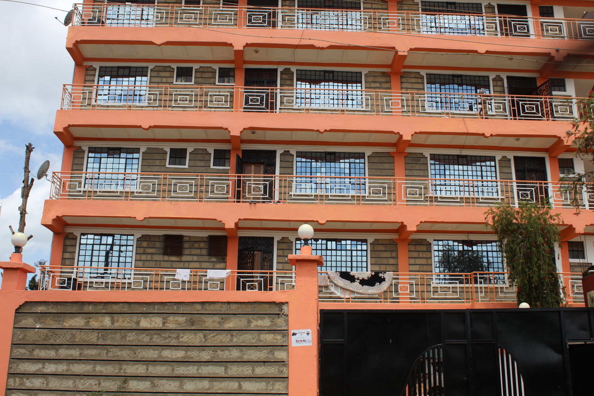 Milimani Apartment Block, Meru